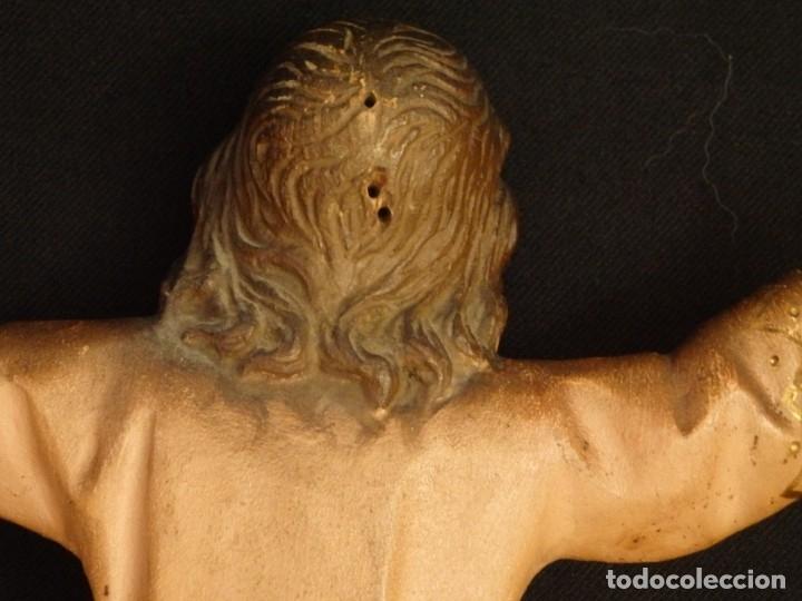 Arte: Niño Jesús en la cruz. Escultura de madera tallada y policromada. 35 cm. Hacia 1900. - Foto 18 - 146307534