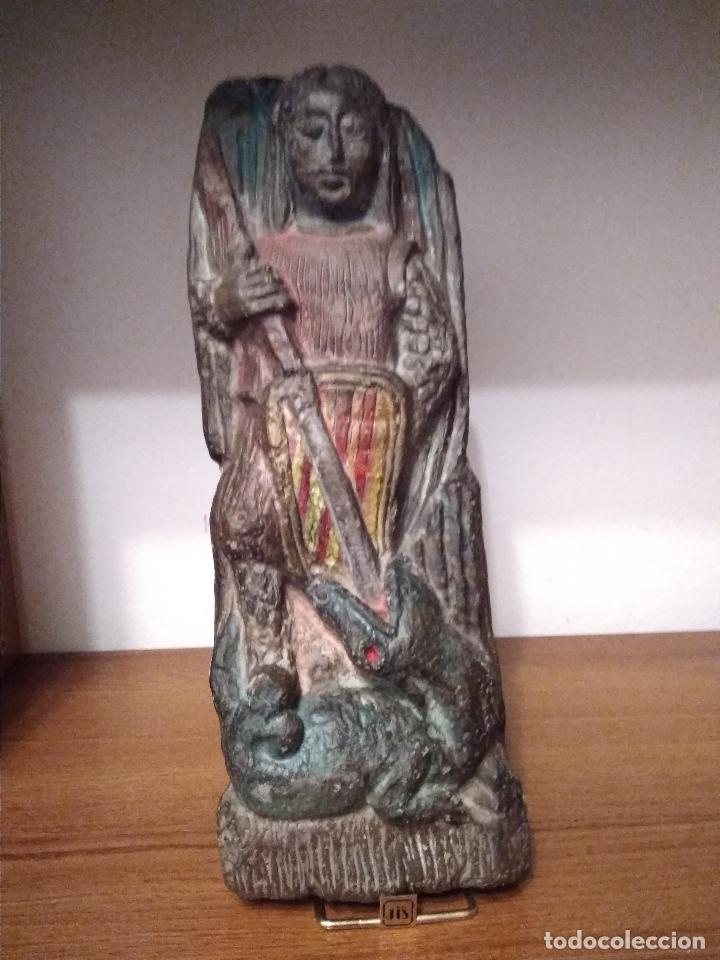ANTIGUA TALLA DE SAN JORGE CATALUÑA EN PIEDRA CALIZA CON RESTOS POLICROMIA ANTIGUA (Arte - Arte Religioso - Escultura)