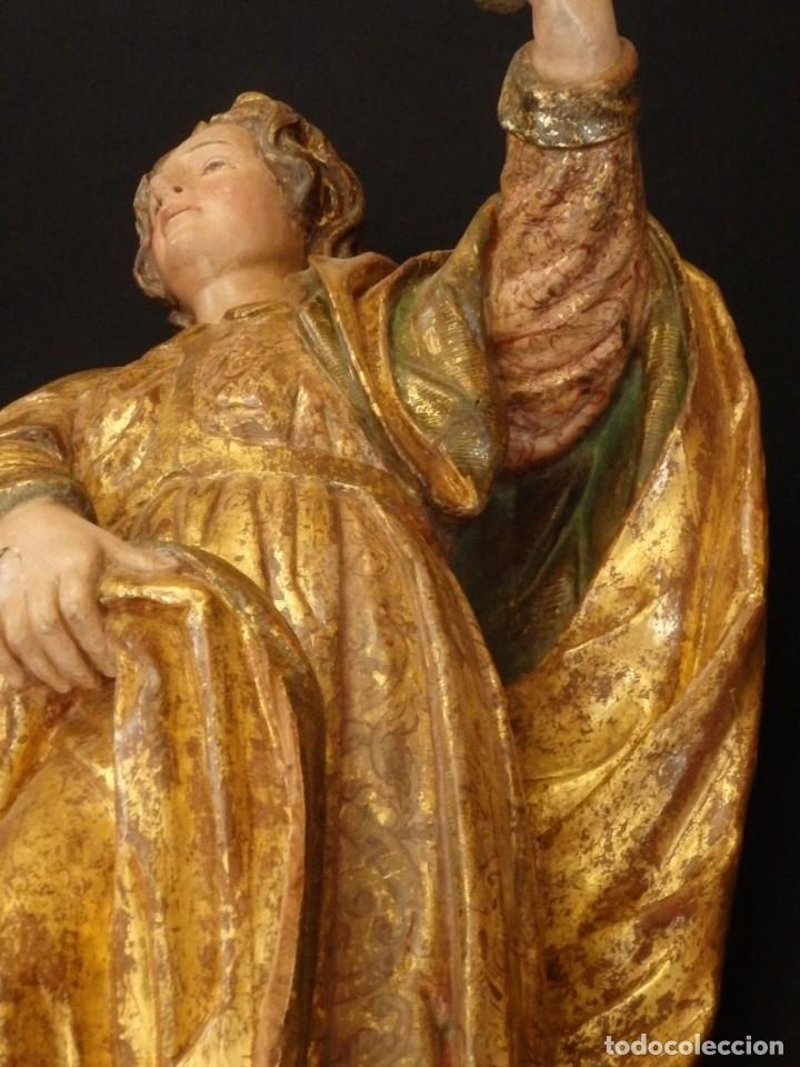 Arte: Alegoría de la Libertad. escultura tallada en madera de la Escuela Romanista del siglo XVI. 76 cm. - Foto 14 - 146693934