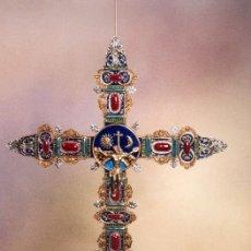 Arte: ESPECTACULAR CRUZ DE ORFEBRERIA EN CRISTAL, PLATA Y ORO ( 54 X 43 CM ). Lote 147324602
