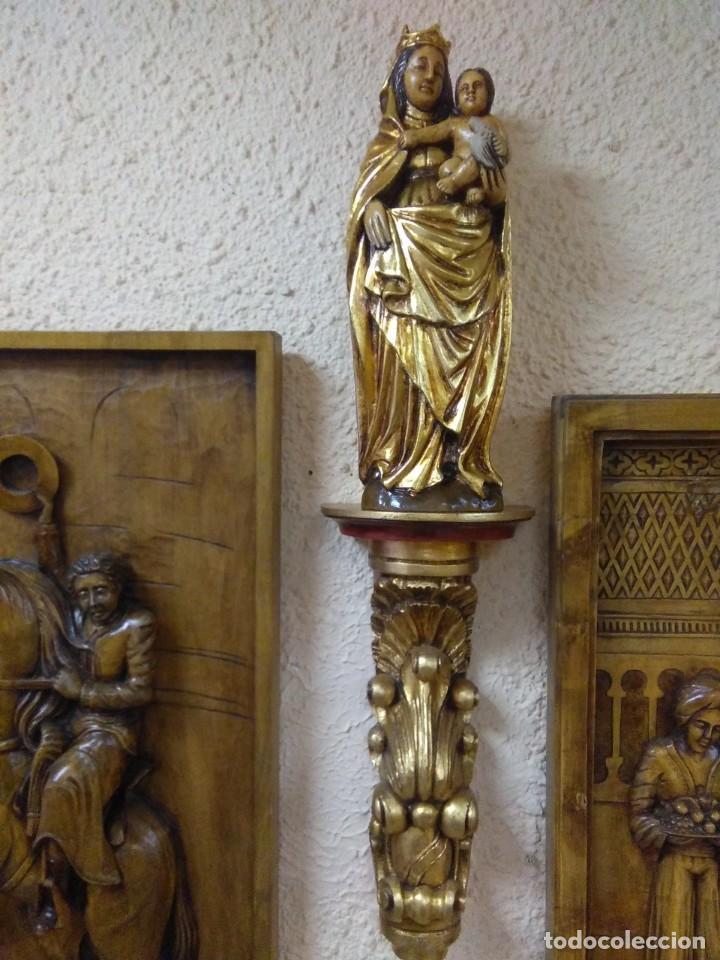 VIRGEN DEL PILAR DE MADERA DE NOGAL CON REPISA DORADA (Arte - Arte Religioso - Escultura)