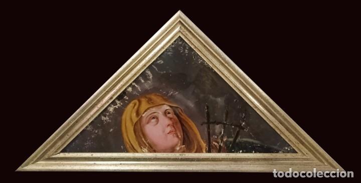 ANTIGUO ÓLEO BAJO/SOBRE CRISTAL VIRGEN DOLOROSA CON PUÑALES. MARCO ORO FINO. SIGLO XVII. 68X34CM (Arte - Arte Religioso - Pintura Religiosa - Oleo)