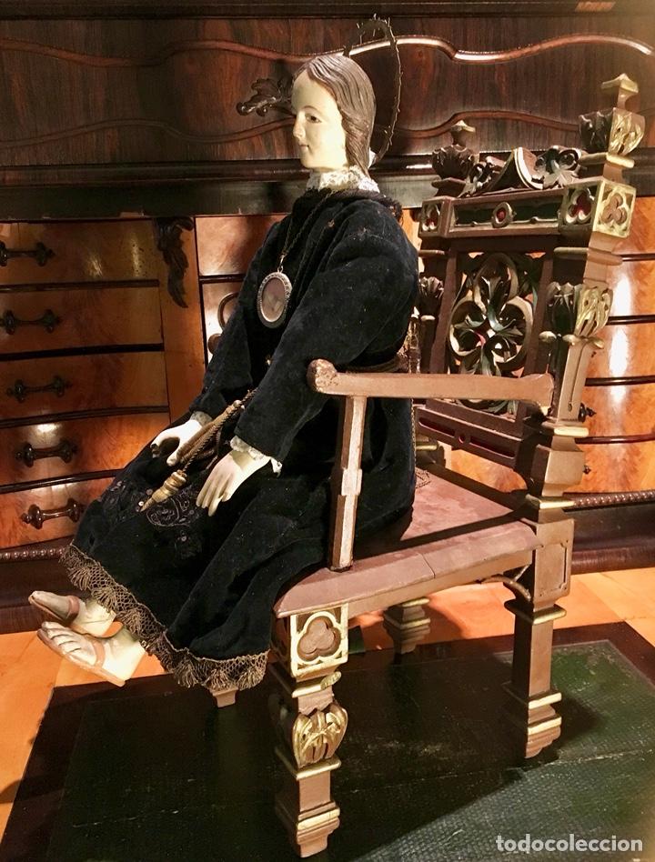Arte: Virgen articulada cap i pota en trono; madera del S.XIX - Foto 7 - 149891366
