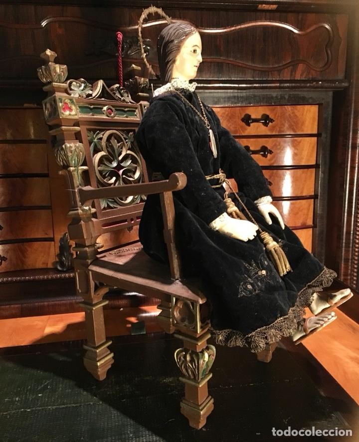 Arte: Virgen articulada cap i pota en trono; madera del S.XIX - Foto 9 - 149891366