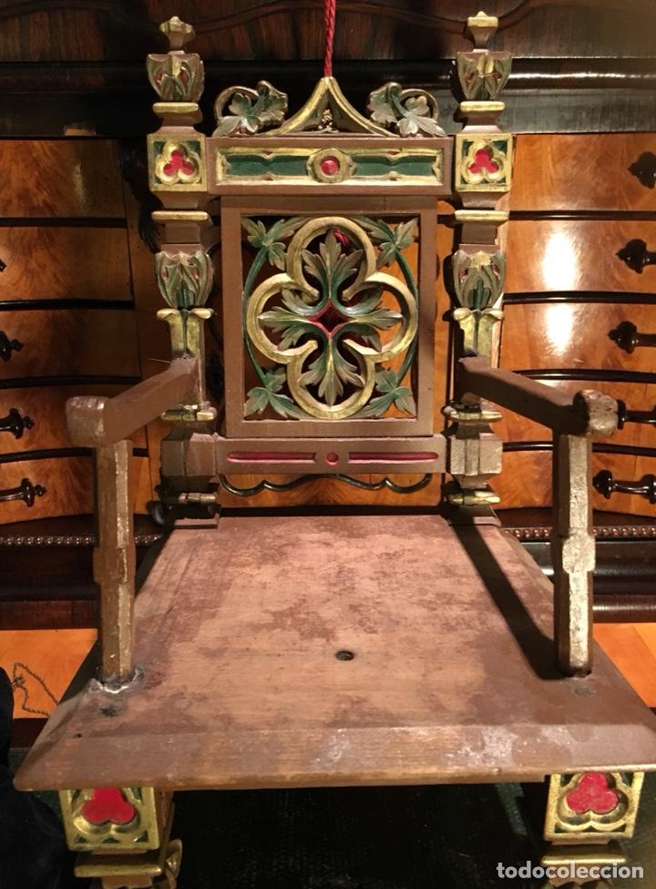 Arte: Virgen articulada cap i pota en trono; madera del S.XIX - Foto 18 - 149891366