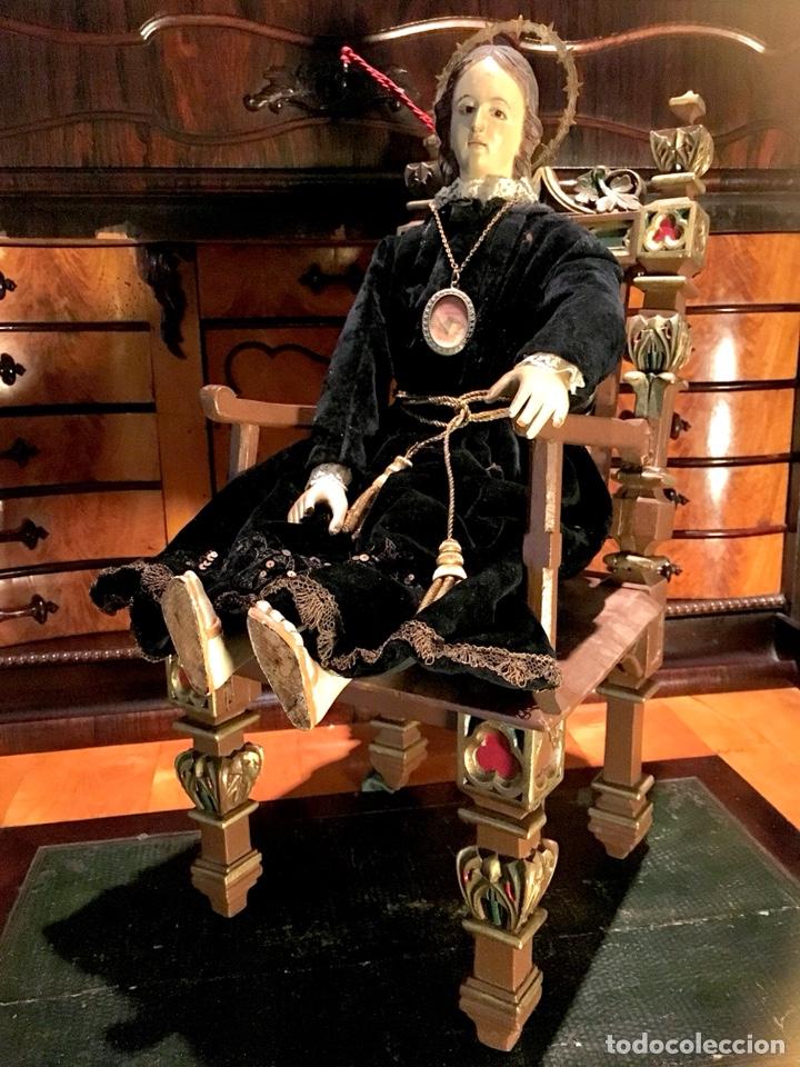 Arte: Virgen articulada cap i pota en trono; madera del S.XIX - Foto 21 - 149891366
