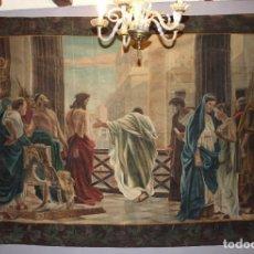 Arte: GRAN TAPIZ PÌNTADO A MANO ANTONIO CAVA. FINES S XIX. REPRODUCCIÓN DEL ECCE HOMO DE CISERI 300X185 CM. Lote 149950690