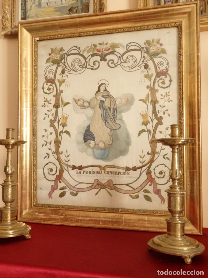 LA PURÍSIMA CONCEPCIÓN. IMAGEN DE LA VIRGEN EN BORDADOS DE ORO Y SEDAS. 79 X 69 CM. HACIA 1900. (Arte - Arte Religioso - Pintura Religiosa - Otros)