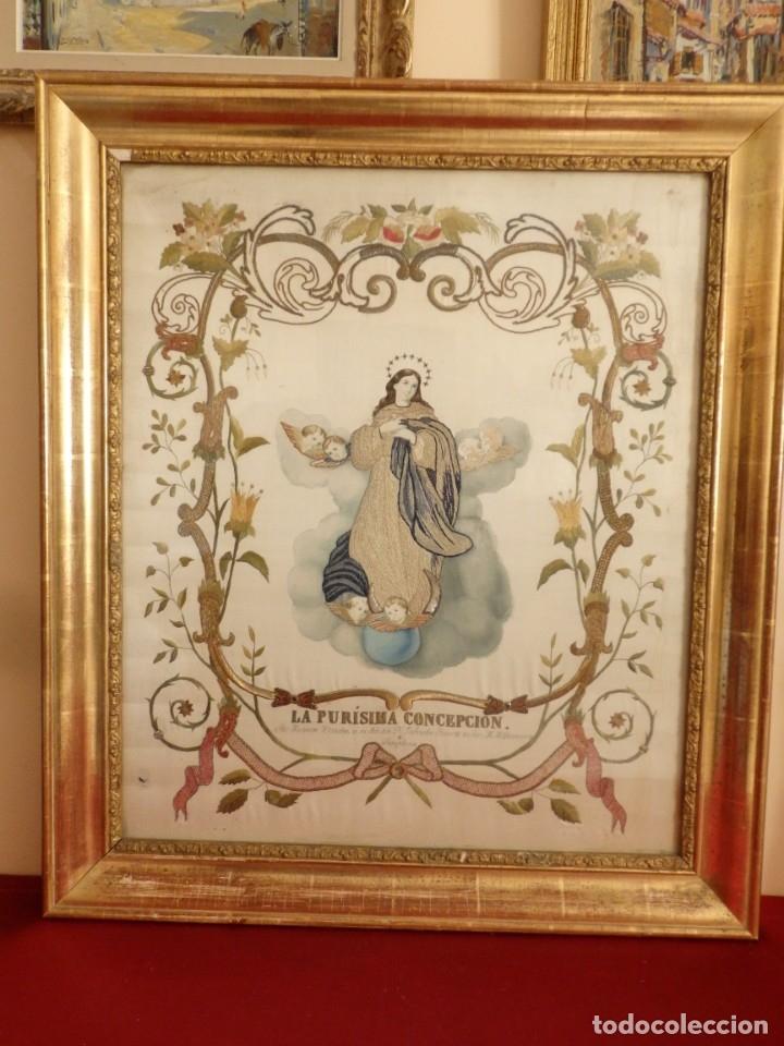 Arte: La Purísima Concepción. Imagen de la Virgen en bordados de oro y sedas. 79 x 69 cm. Hacia 1900. - Foto 2 - 151325166