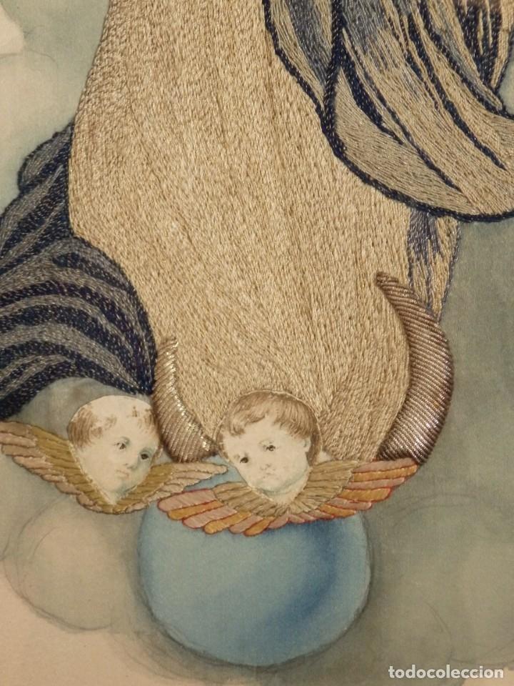 Arte: La Purísima Concepción. Imagen de la Virgen en bordados de oro y sedas. 79 x 69 cm. Hacia 1900. - Foto 9 - 151325166