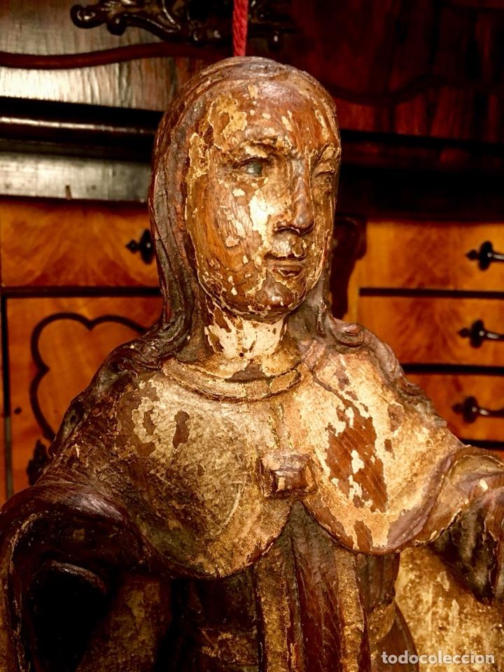 TALLA EN MADERA POLICROMADA. SANTA TERESA DE AVILA. S. XVII 43CM (Arte - Arte Religioso - Escultura)