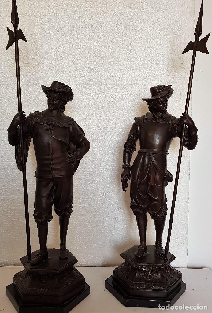 PAREJA DE ESCULTURAS EN BRONCE (Arte - Arte Religioso - Escultura)