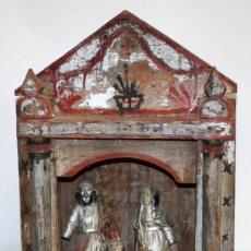 Arte: LA SAGRADA FAMILIA DE ESCUELA COLONIAL. CAPILLA CON 3 IMAGENES EN MADERA POLICROMADA. SIGLO XVIII. Lote 152396714