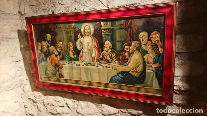 Arte: Antiguo cuadro con lámina de la santa cena de Jesús de los años años 30-40 - Foto 3 - 152838258