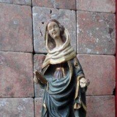 Arte: TALLA EN MADERA DE NOGAL DE SANTA ROSA, POLICROMADA . Lote 152872594