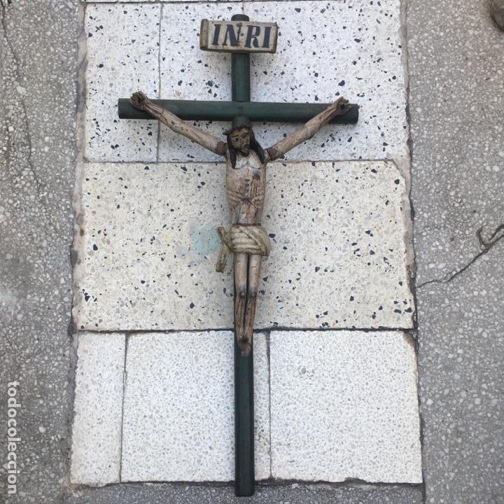Arte: Cristo en la cruz o crucificado, talla de madera policromada - Foto 3 - 153118974
