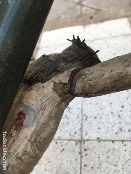 Arte: Cristo en la cruz o crucificado, talla de madera policromada - Foto 9 - 153118974