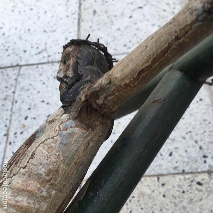 Arte: Cristo en la cruz o crucificado, talla de madera policromada - Foto 10 - 153118974