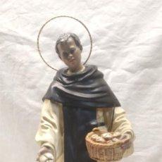 Arte: FRAY ESCOBA SAN MARTIN DE PORRES AÑOS 20, ESCULTURA RELIGIOSA RENALIAS. MED. 38 CM. Lote 154710666