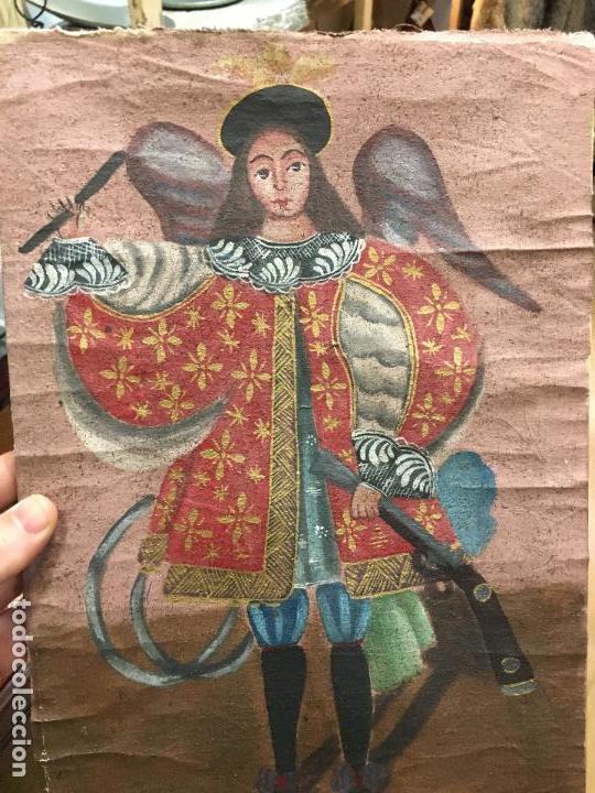 Arte: ANTIGUO OLEO SOBRE LIENZO ESTILO CUSQUEÑO SANTO O ARCANGEL - MEDIDA 34X23 CM - RELIGIOSO - Foto 2 - 154981742