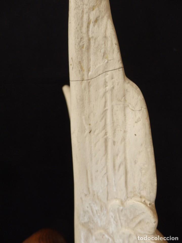 Arte: Ángel adorador realizado en estuco policromado. 60 cm de altura. Pps. S. XX. - Foto 15 - 155419022