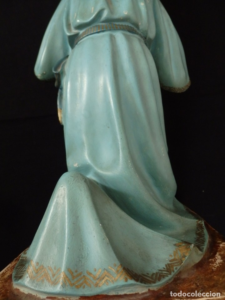 Arte: Ángel adorador realizado en estuco policromado. 60 cm de altura. Pps. S. XX. - Foto 19 - 155419022