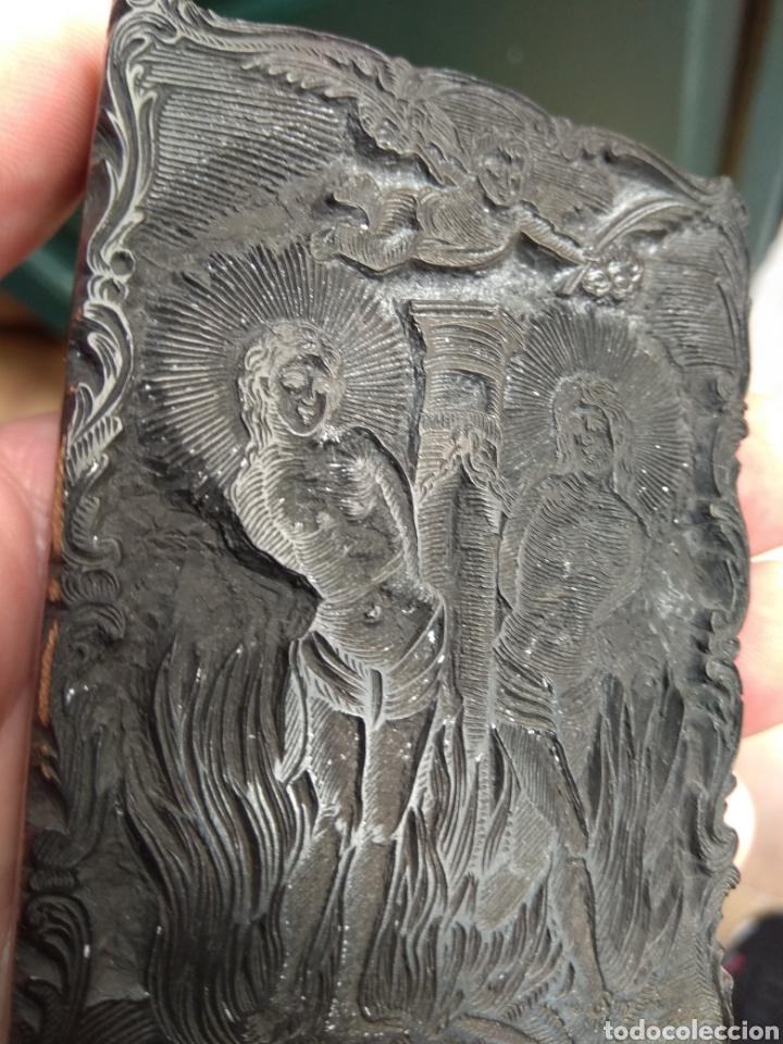 Arte: Sello de Estampación Religioso XVIII - Santos Mártires Marciano y Luciano - Escrito y Fechado 1791 - Foto 7 - 156394602