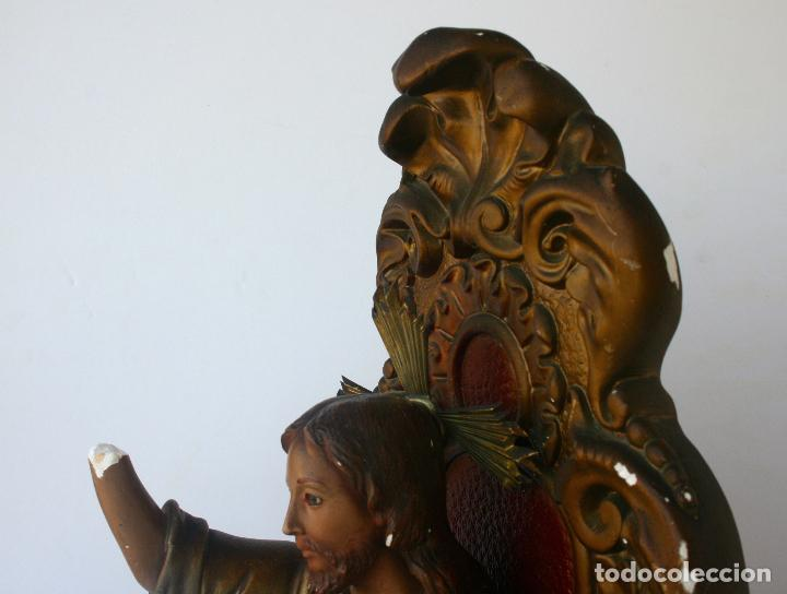 Arte: Sagrado Corazón de Jesús entronizado de estuco policromado con ojos de cristal 52 cms - Foto 12 - 156714334