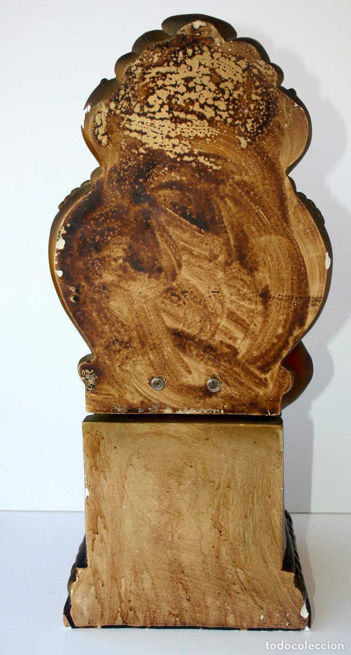 Arte: Sagrado Corazón de Jesús entronizado de estuco policromado con ojos de cristal 52 cms - Foto 16 - 156714334