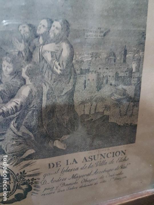 Arte: ANTIGUA LITOGRAFIA DE LA VIRGEN DE LA ASUNCION ELCHE ENMARCADA SG. XIX. 1797 - Foto 2 - 157808966