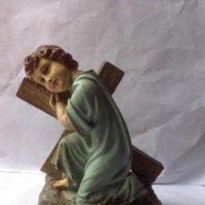 Arte - MUY ANTIGUA FIGURA DE OLOT ,PRECIOSO NIÑO JESUS APOYADO EN LA CRUZ - 158454550