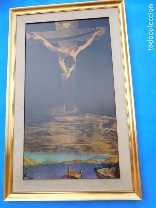 CRISTO DE DALÍ, CON PAPARTÚ, MEDIDAS DE 84 X 53 CM (Arte - Arte Religioso - Pintura Religiosa - Otros)