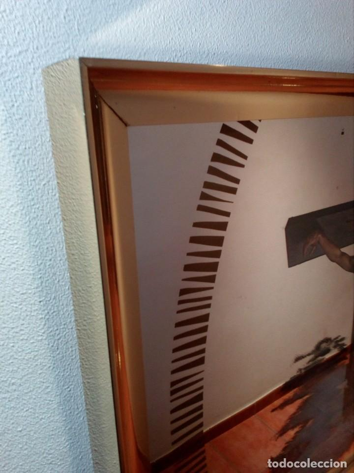 Arte: ESPEJO - LÁMINA ENMARCADA DEL CRISTO DE VICENTE ROSO - INSERTADA EN ESPEJO (AÑOS 60) - 63x50 CM - Foto 3 - 159130746