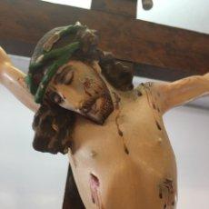 Arte: TALLA DE ANTIGUO CRISTO CRUCIFICADO DE MADERA. Lote 159181376