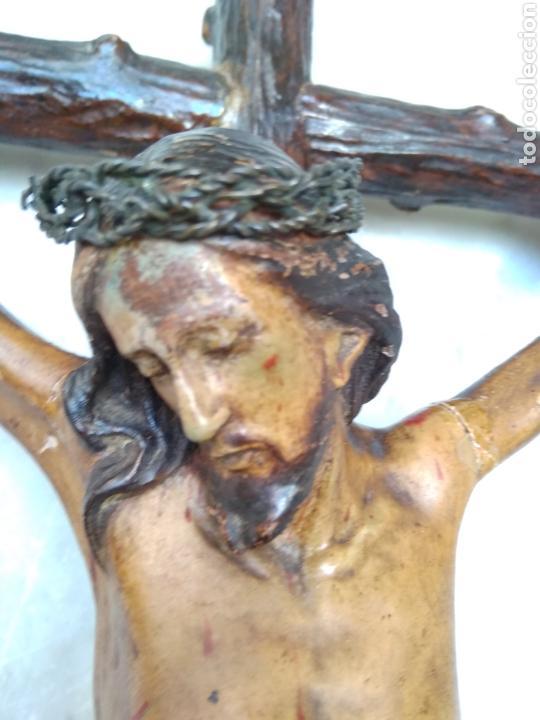 Arte: Cristo crucificado cruz talla madera siglo XIX - Foto 8 - 159726381