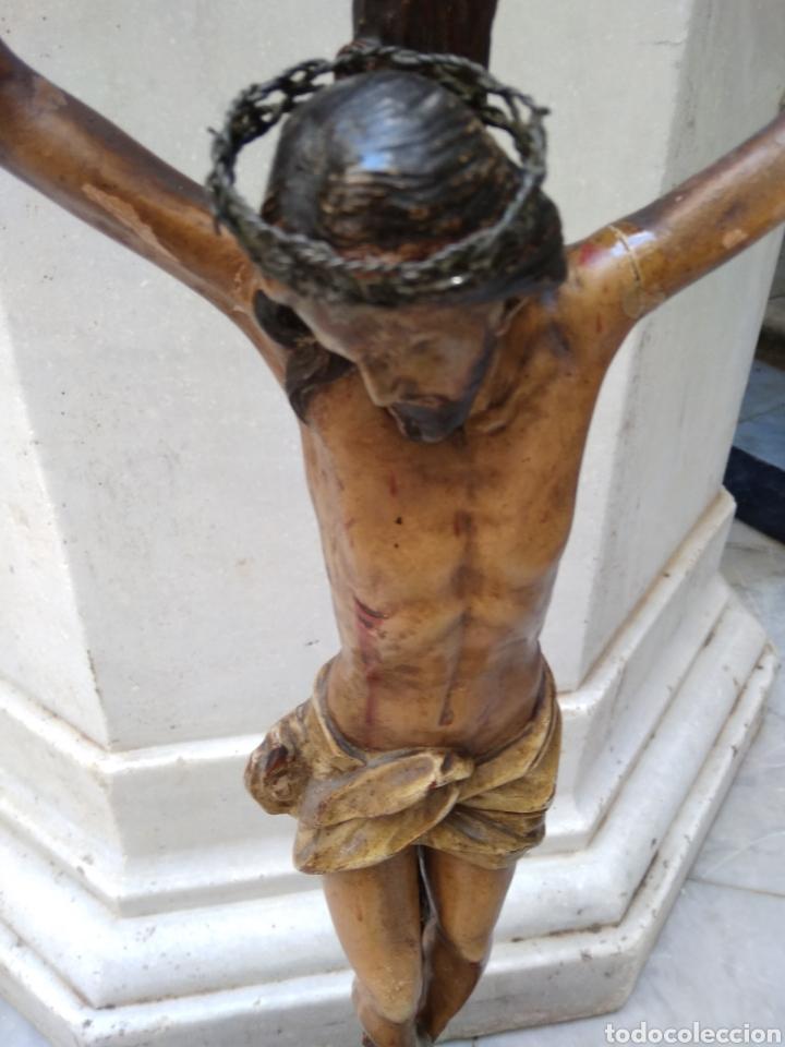 Arte: Cristo crucificado cruz talla madera siglo XIX - Foto 2 - 159726381