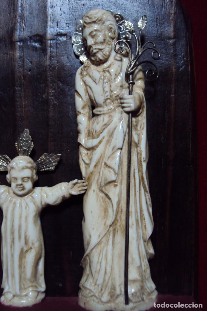 Arte: Sagrada Familia Hispano-filipina talla en hueso aderezos en plata - Foto 5 - 160598214