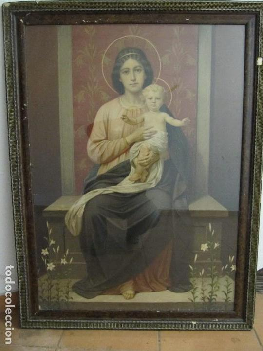 GRAN ANTIGUA LAMINA PINTURA VIRGEN CON NIÑO ENMARCADA CRISTAL 109X 82CM (Arte - Arte Religioso - Pintura Religiosa - Otros)