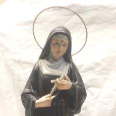 Arte: SANTA RITA AÑOS 20, ESTUCO POLICROMADO, OJOS CRISTAL, ESCULTURA RELIGIOSA RENALIAS. MED. 46 CM. Lote 163436934