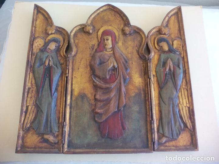 Arte: Antiguo tríptico de madera tallada, dorada y policromada. - Foto 2 - 163711130