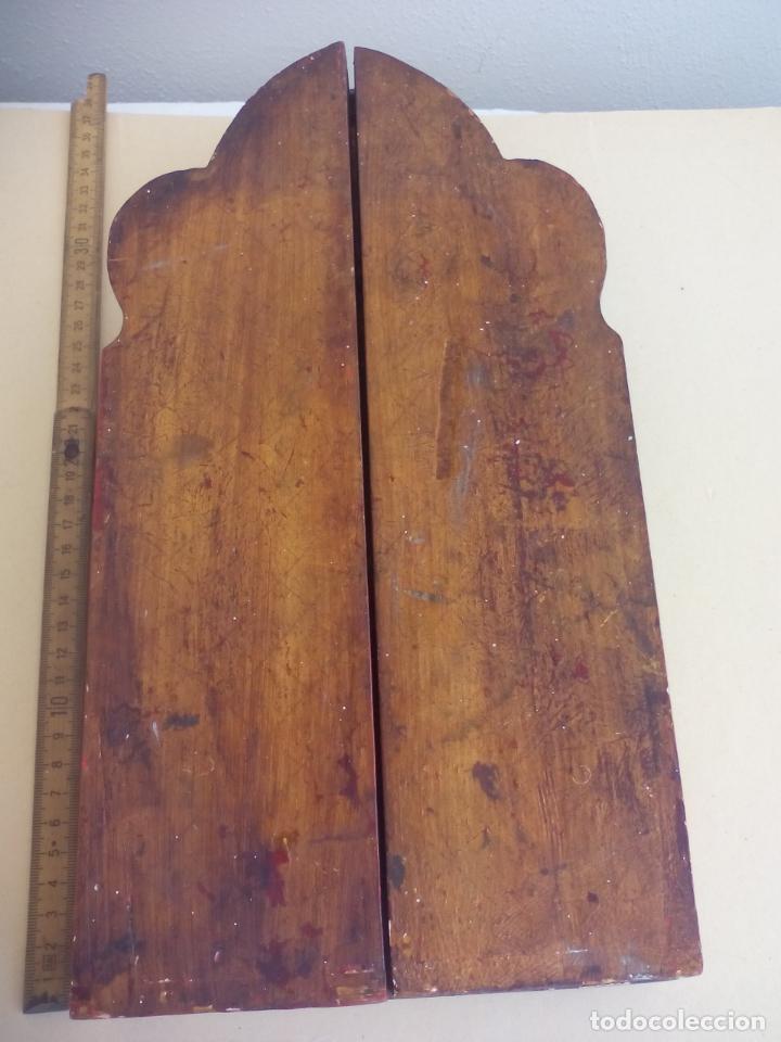Arte: Antiguo tríptico de madera tallada, dorada y policromada. - Foto 14 - 163711130