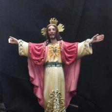 Arte: ANTIGUA IMAGEN DEL SAGRADO CORAZON DE JESUS. DE OLOT. MIDE 22,5CMS ALTURA.. Lote 164715662