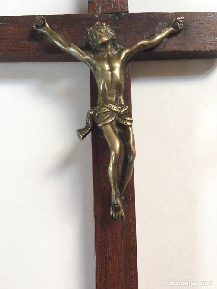 ANTIGUO CRUCIFIJO - CRUZ DE MADERA CON CRISTO DE BRONCE ANTIGUO - SIGLO XVIII (Arte - Arte Religioso - Escultura)