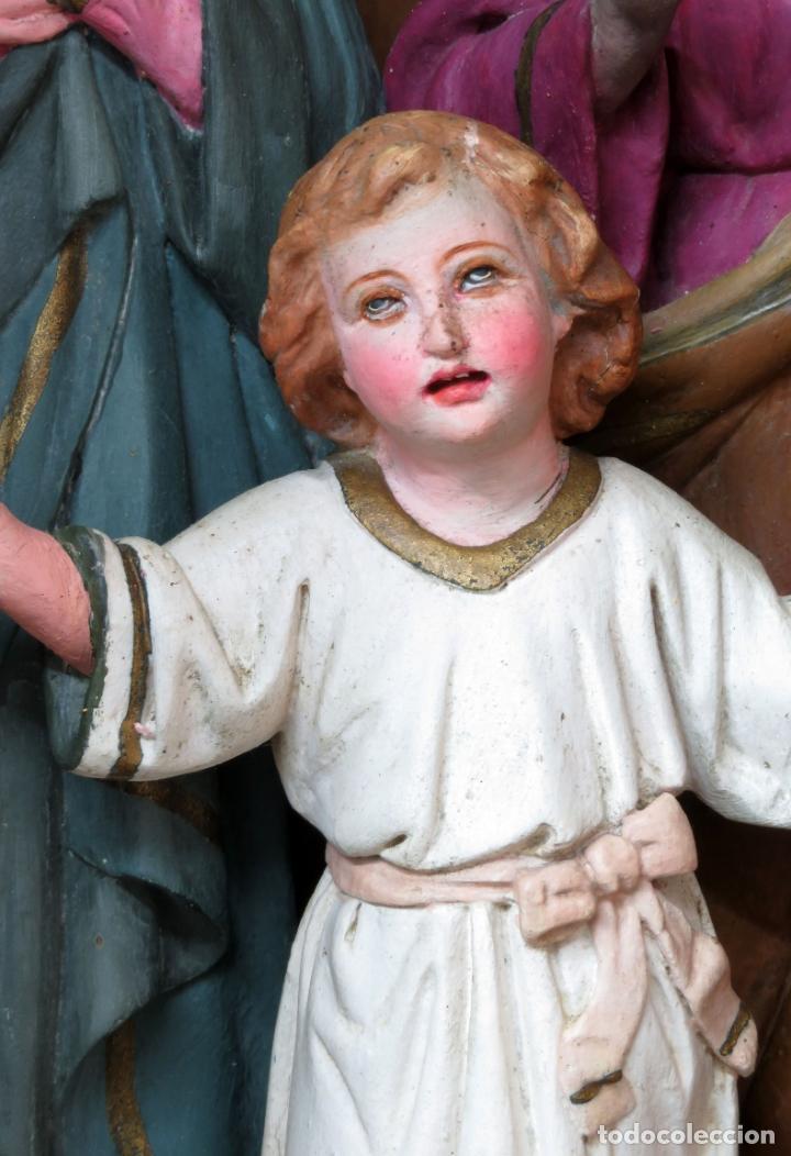 Arte: Capilla limosna visita domiciliaria Sagrada Familia en madera tallada policromada siglo XX - Foto 4 - 167120676