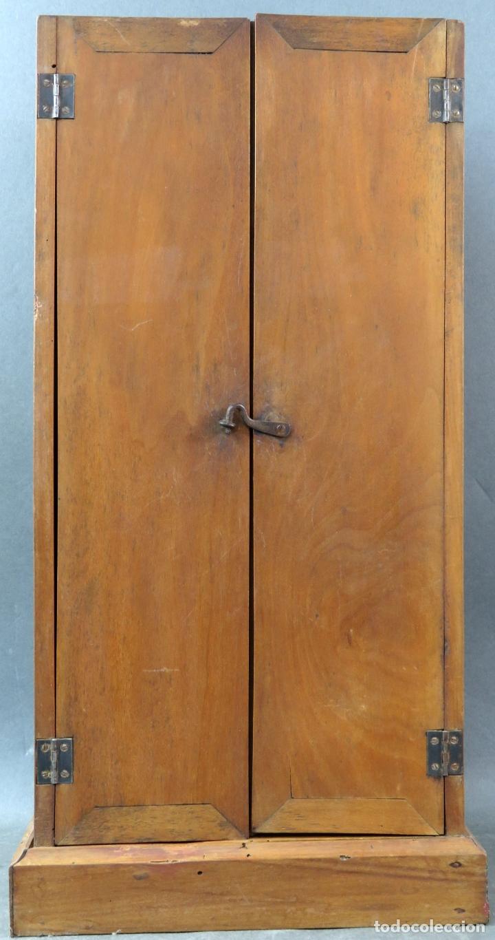 Arte: Capilla limosna visita domiciliaria Sagrada Familia en madera tallada policromada siglo XX - Foto 9 - 167120676