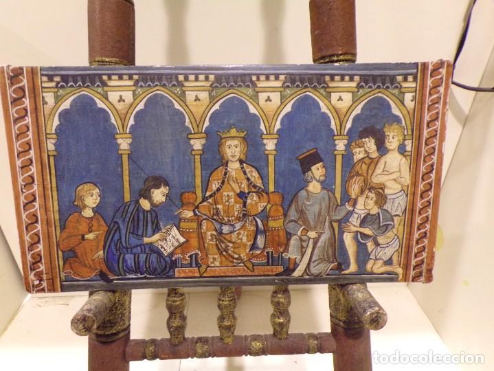ANTIGUO RETABLO AL ESTILO ROMANICO PINTADO A MANO, (Arte - Arte Religioso - Retablos)