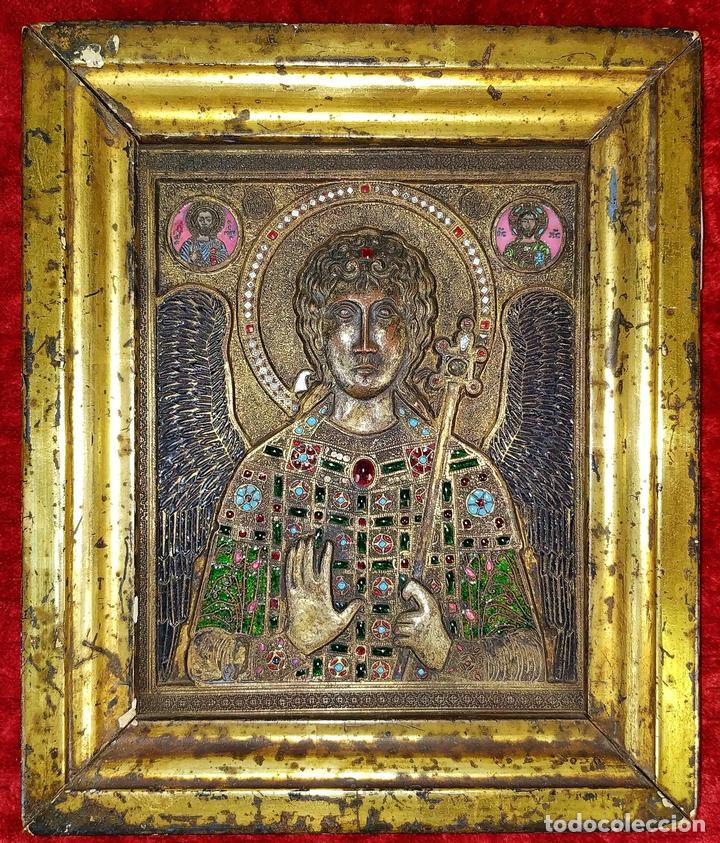 ICONO. EL ARCÁNGEL SAN MIGUEL. BRONCE CICELADO Y ESMALTADO. ESTILO BIZANTINO. RUSIA. XIX (Arte - Arte Religioso - Iconos)