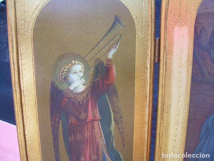 Arte: TRIPTICO RELIGIOSO CON LÁMINAS SOBRE MADERA DORADA - Foto 7 - 169112704