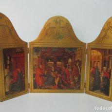Art: TRIPTICO - MADERA TALLADA Y DORADA - LAMINAS, ESCENAS DE LA ADORACIÓN, REYES MAGOS. Lote 169420728