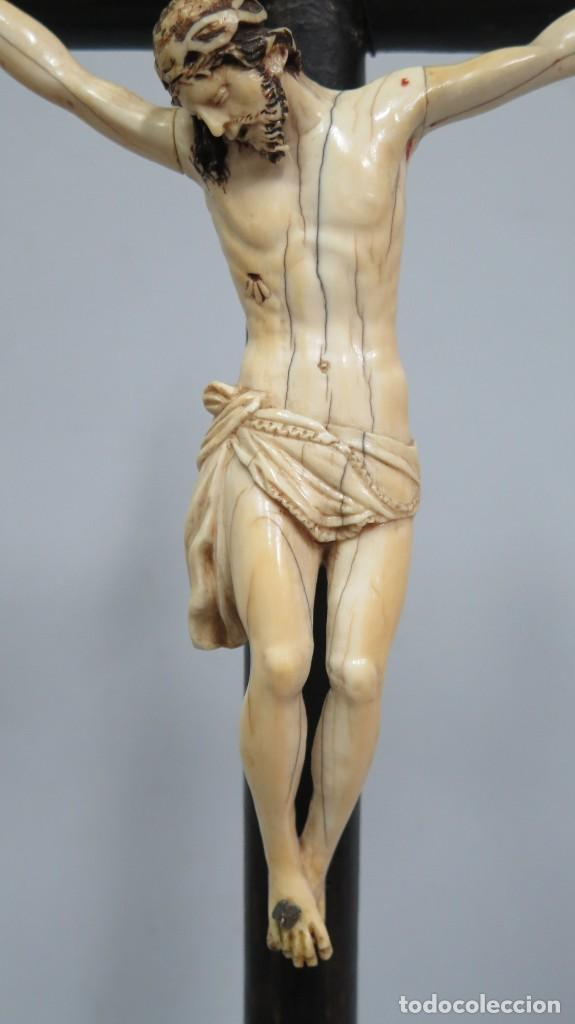 Arte: PRECIOSO CRISTO DE MARFIL. ESCUELA ESPAÑOLA. FINALES SIGLO XVIII-PPIOS. SIGLO XX - Foto 3 - 169458768